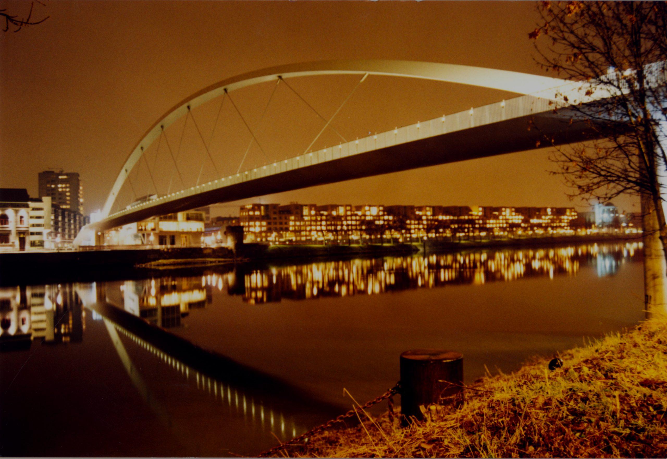 hoge brug